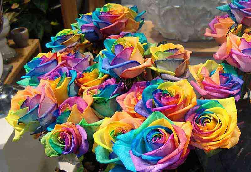 نقش رنگ و نماد ها در گل آرایی