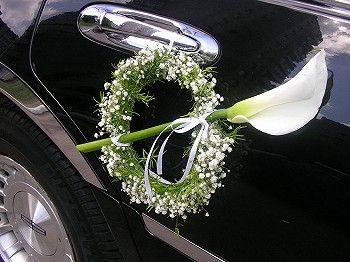 ماشین عروس با بوی گل
